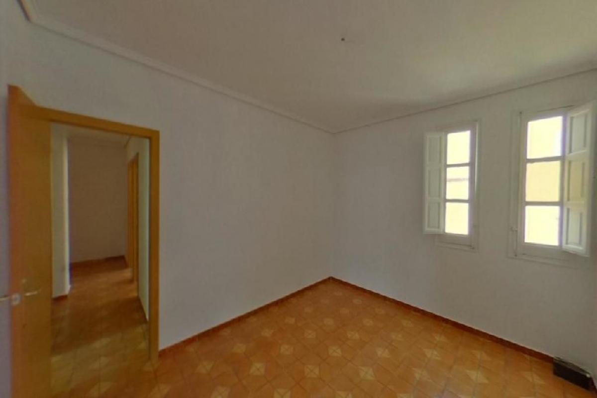 Piso en venta en La Saïdia, Valencia, Valencia, Calle Guillem Ferrer, 85.000 €, 5 habitaciones, 1 baño, 68 m2