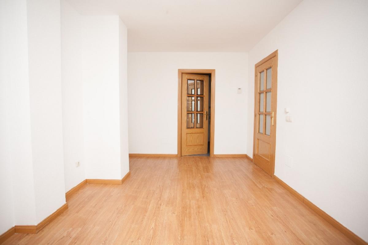 Piso en venta en Arroyo Vedado, Yuncos, Toledo, Calle Reyes Magos, 73.000 €, 1 habitación, 1 baño, 70 m2