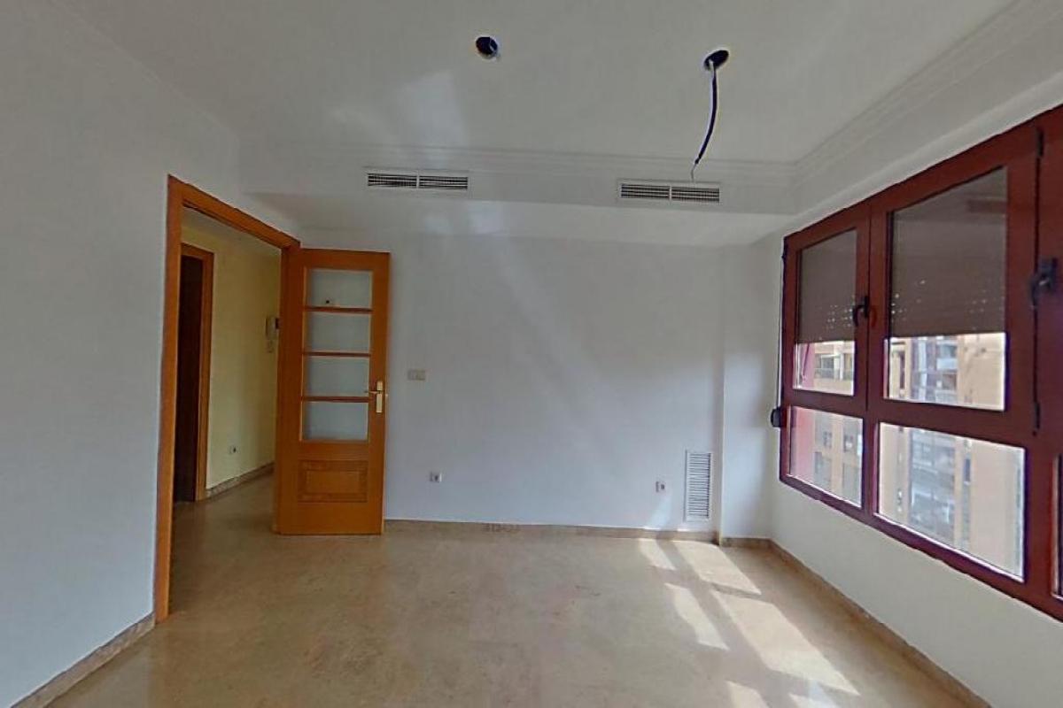 Piso en venta en Campanar, Valencia, Valencia, Avenida Corts Valencianes, 373.500 €, 3 habitaciones, 2 baños, 107 m2