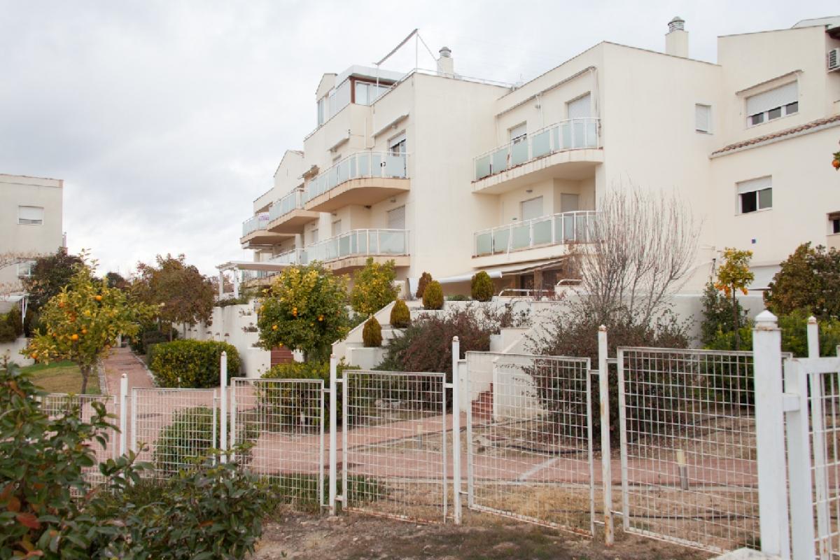 Piso en venta en Albolote, Granada, Calle Mar Arabigo, 120.000 €, 2 habitaciones, 1 baño, 82 m2