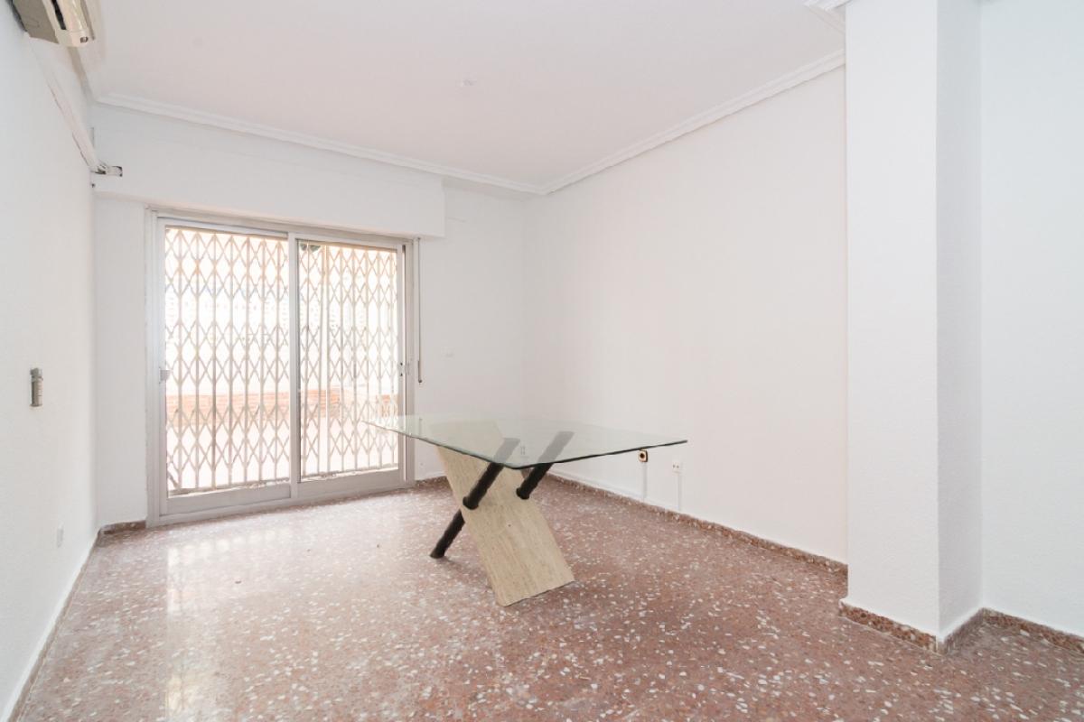 Piso en venta en Pedanía de Llano de Brujas, Murcia, Murcia, Calle Mariano Caballero, 49.500 €, 4 habitaciones, 1 baño, 108 m2