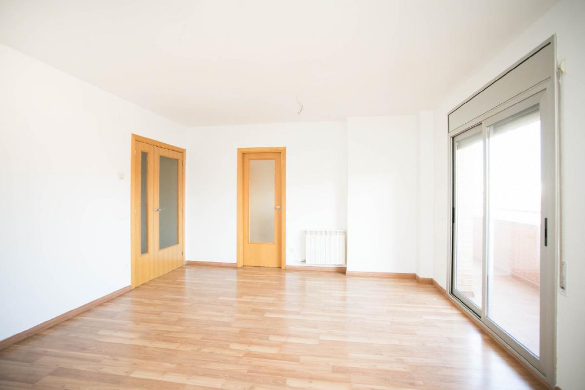Piso en venta en Mollerussa, Lleida, Calle Barcelona, 116.500 €, 3 habitaciones, 2 baños, 69 m2