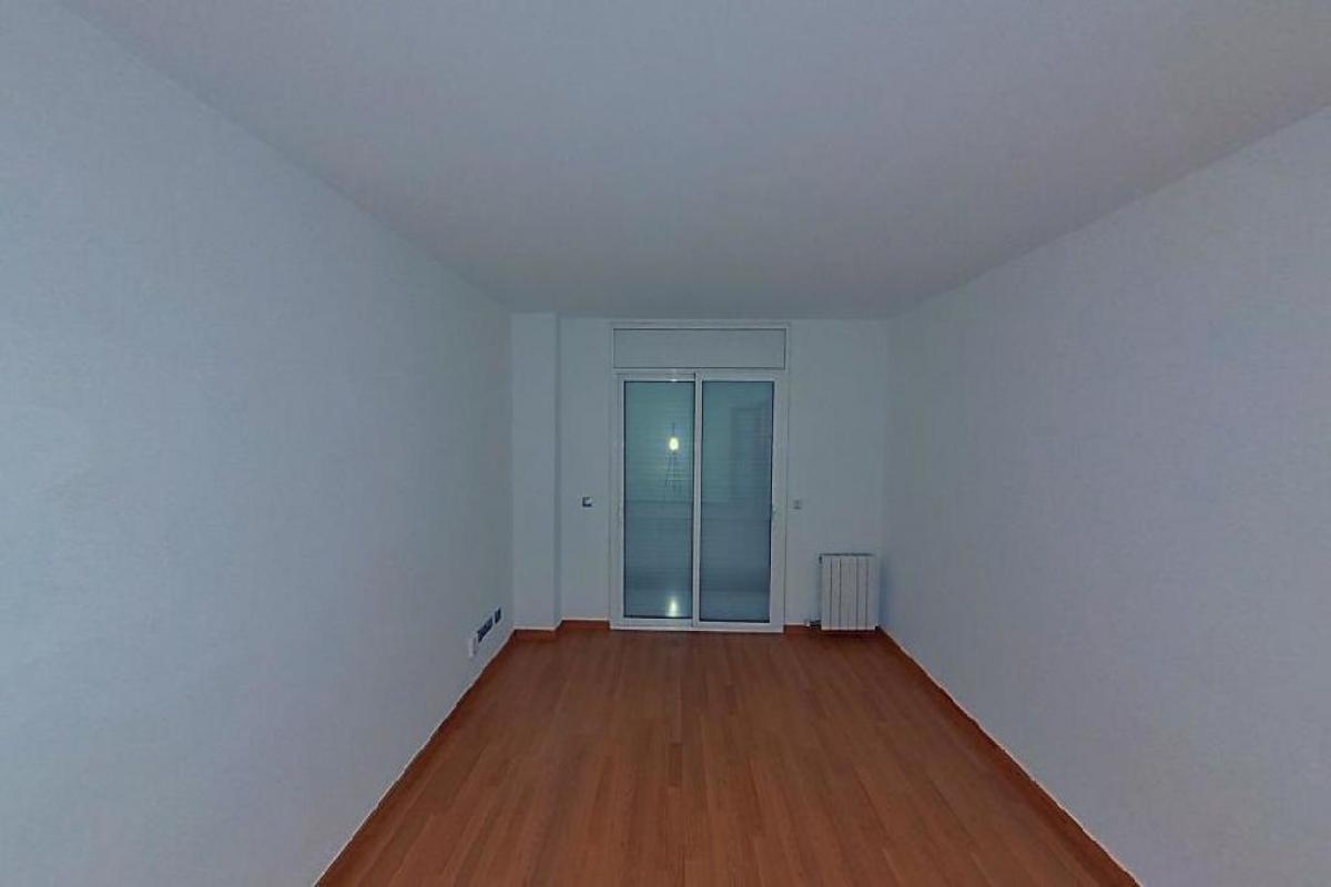 Piso en venta en Rubí, Barcelona, Avenida Estatut, 179.500 €, 3 habitaciones, 1 baño, 78 m2