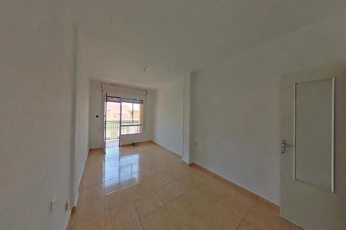 Piso en venta en Cieza, Murcia, Avenida Gran Via Juan Carlos I, 104.500 €, 3 habitaciones, 1 baño, 137 m2