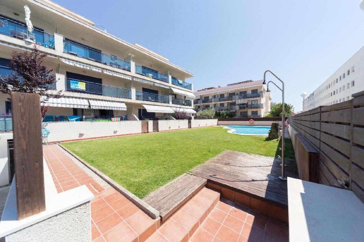 Piso en venta en Cubelles, Barcelona, Avenida Jaume I, 232.500 €, 3 habitaciones, 2 baños, 110 m2