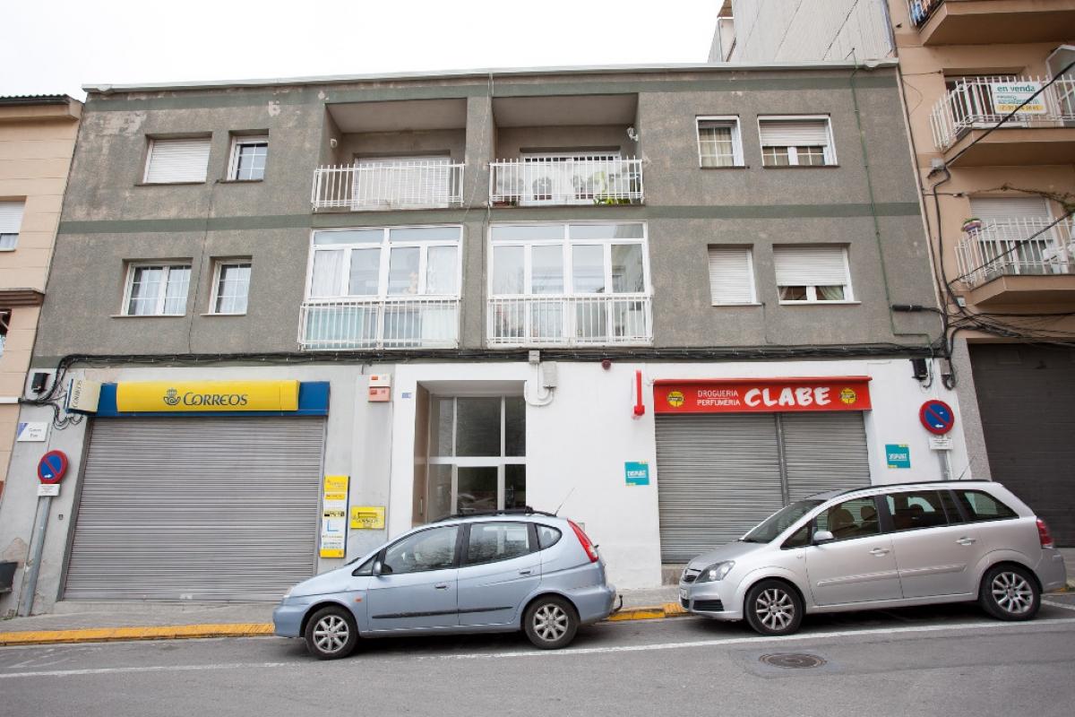 Piso en venta en Santa Margarida de Montbui, Barcelona, Calle Bas, 114.000 €, 4 habitaciones, 2 baños, 105 m2