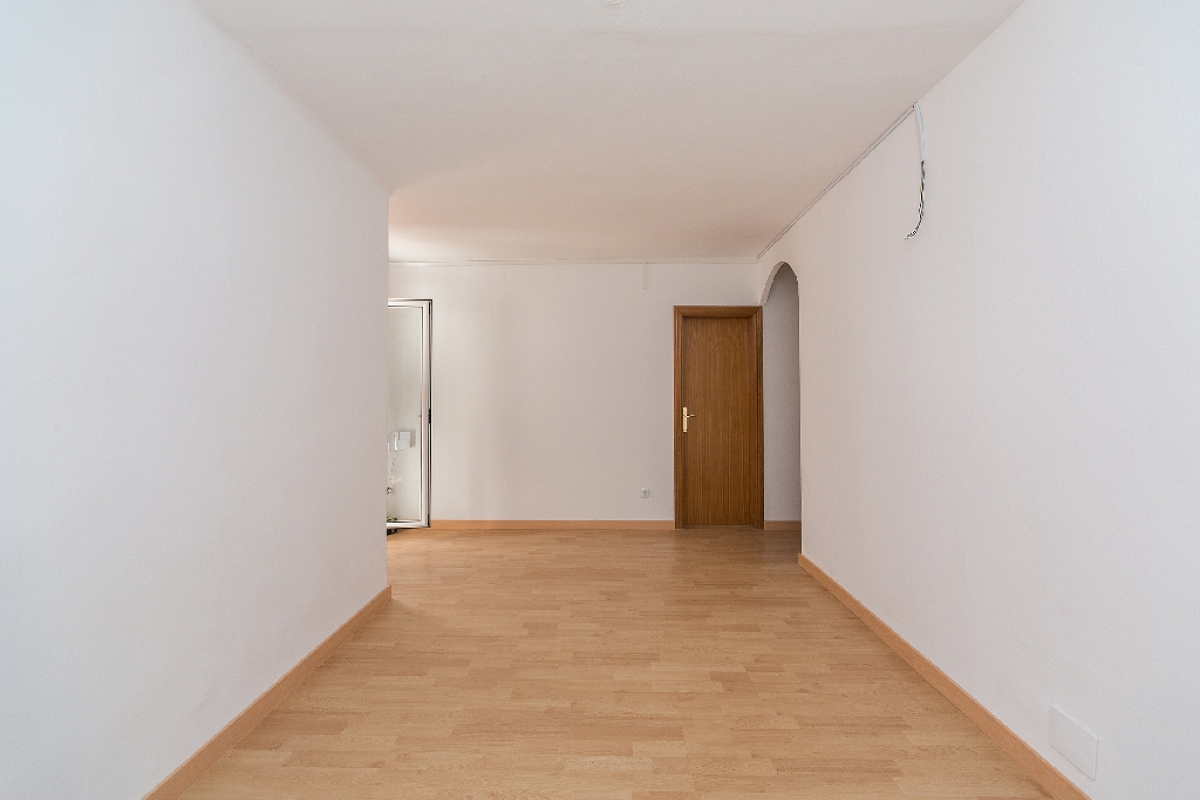 Piso en venta en Barcelona, Barcelona, Calle Briquets, 145.000 €, 2 habitaciones, 1 baño, 61 m2