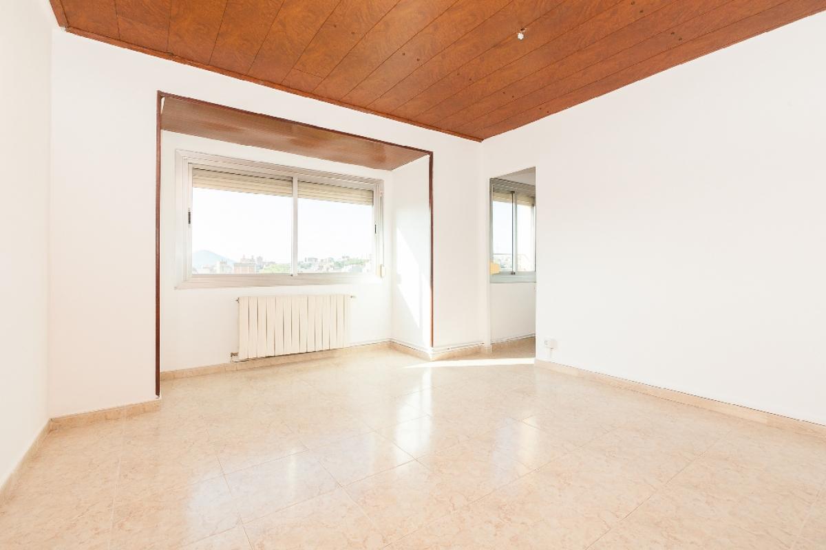 Piso en venta en Rubí, Barcelona, Calle Cadmo, 125.500 €, 2 habitaciones, 1 baño, 74 m2