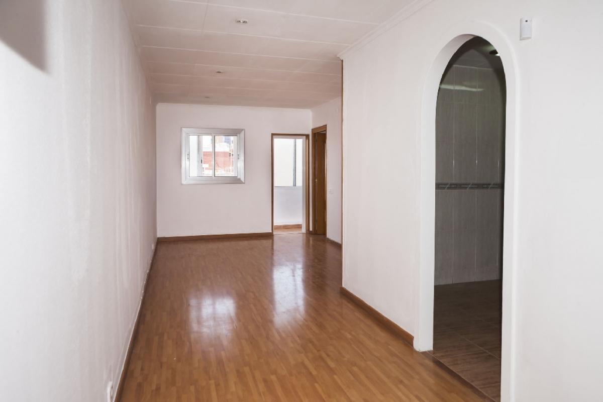 Piso en venta en Badalona, Barcelona, Calle Calderon de la Barca, 107.000 €, 2 habitaciones, 1 baño, 60 m2
