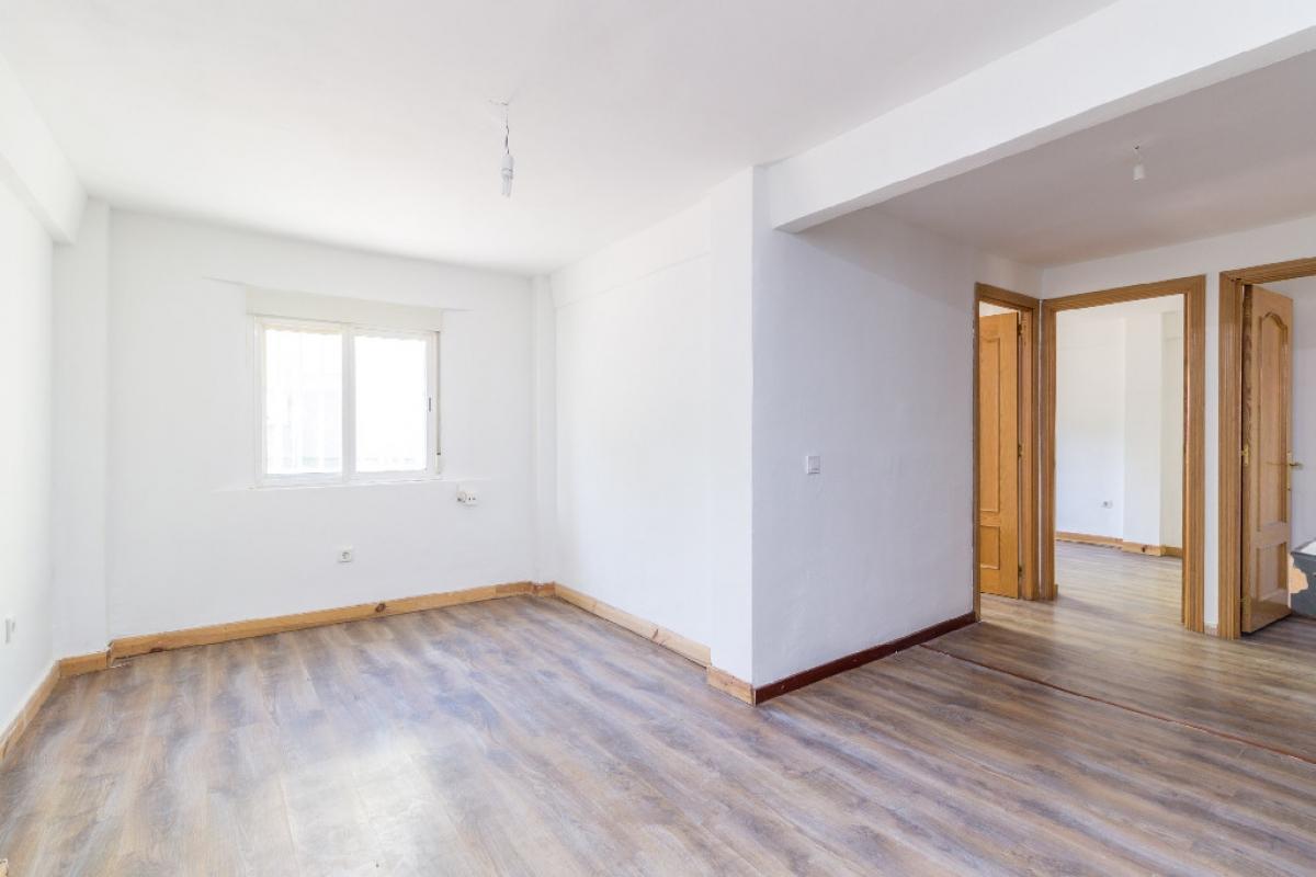 Piso en venta en Alcalá de Henares, Madrid, Calle Camarma, 105.500 €, 3 habitaciones, 1 baño, 62 m2