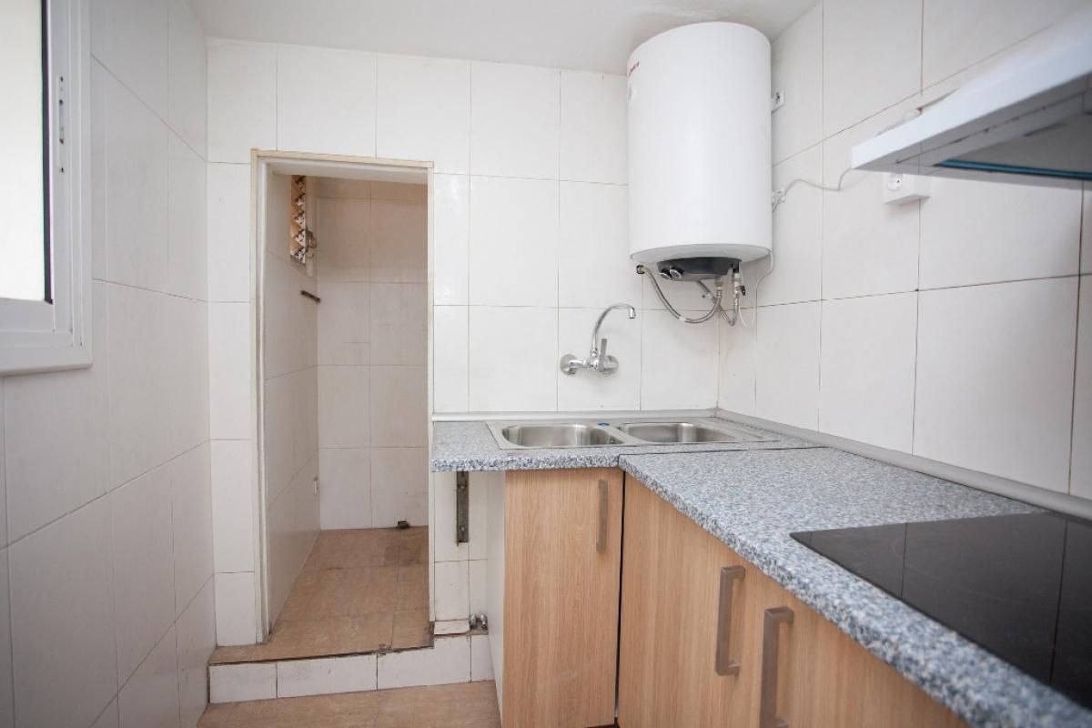 Piso en venta en Barcelona, Barcelona, Calle Carme, 173.500 €, 2 habitaciones, 1 baño, 43 m2