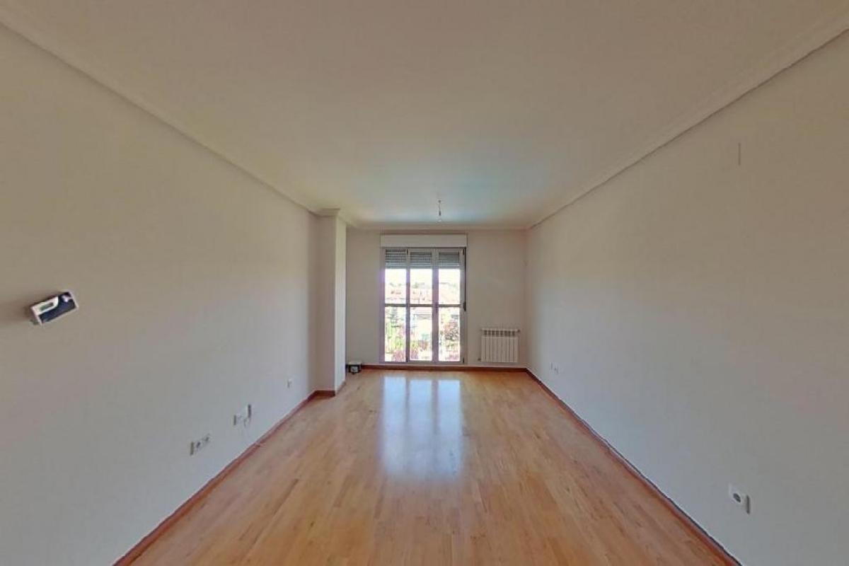 Piso en venta en Ávila, Ávila, Calle de los Marceros, 139.500 €, 3 habitaciones, 2 baños, 117 m2