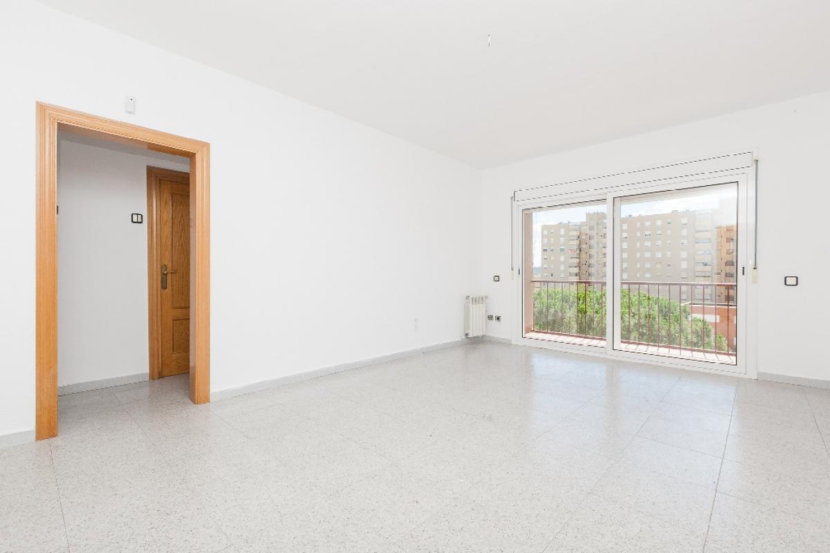 Piso en venta en Sabadell, Barcelona, Calle Drapaires, 171.000 €, 3 habitaciones, 1 baño, 81 m2