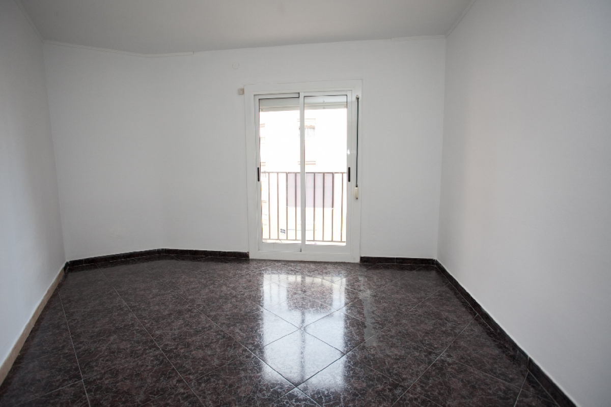 Piso en venta en Viladecans, Barcelona, Calle Federico Garcia Lorca, 177.500 €, 3 habitaciones, 1 baño, 80 m2