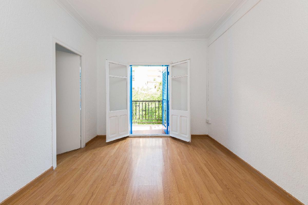 Piso en venta en Barcelona, Barcelona, Calle Genova, 217.000 €, 2 habitaciones, 1 baño, 67 m2