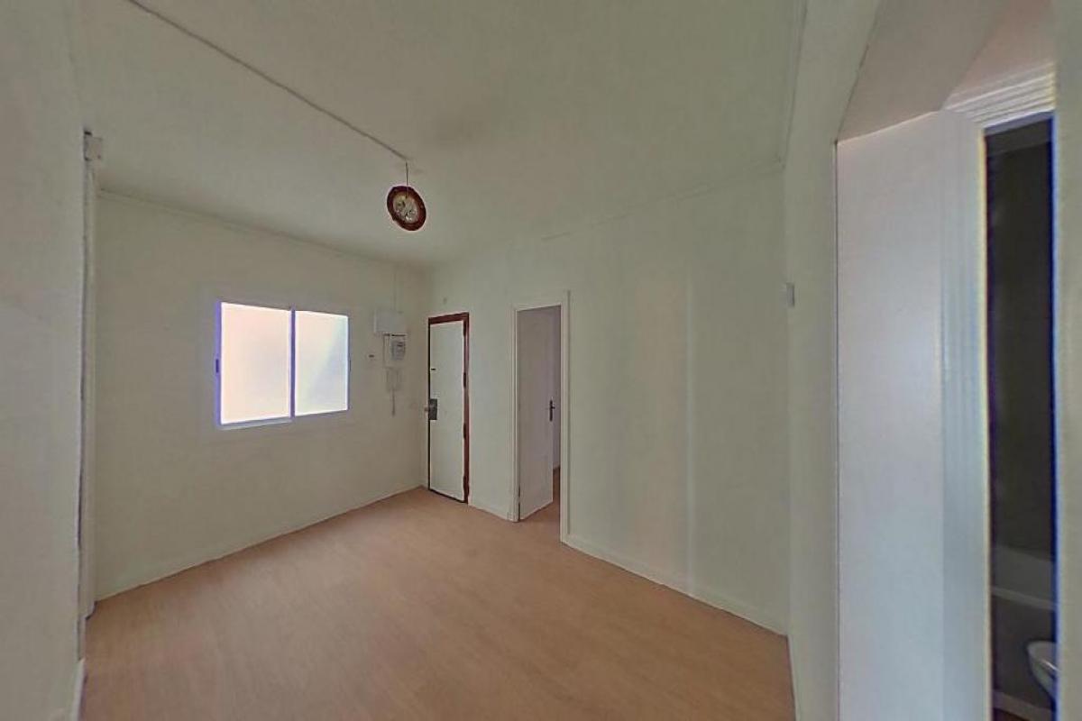 Piso en venta en Barcelona, Barcelona, Calle Japo, 125.000 €, 3 habitaciones, 1 baño, 50 m2
