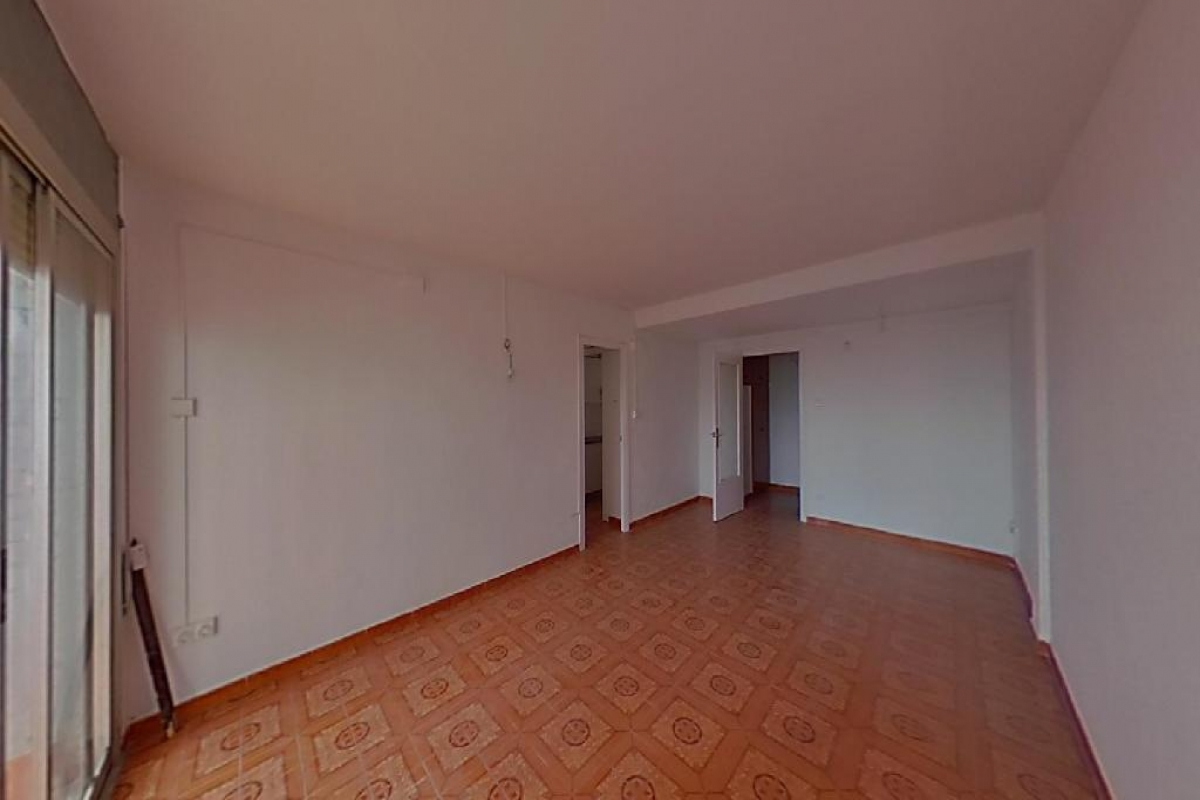 Piso en venta en Terrassa, Barcelona, Calle Montblanc, 155.500 €, 3 habitaciones, 1 baño, 87 m2