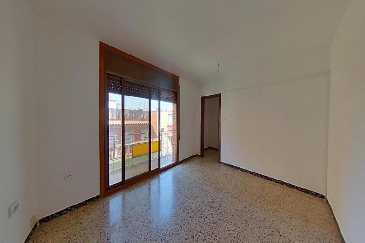 Piso en venta en Badalona, Barcelona, Calle Mozart, 125.000 €, 3 habitaciones, 1 baño, 68 m2