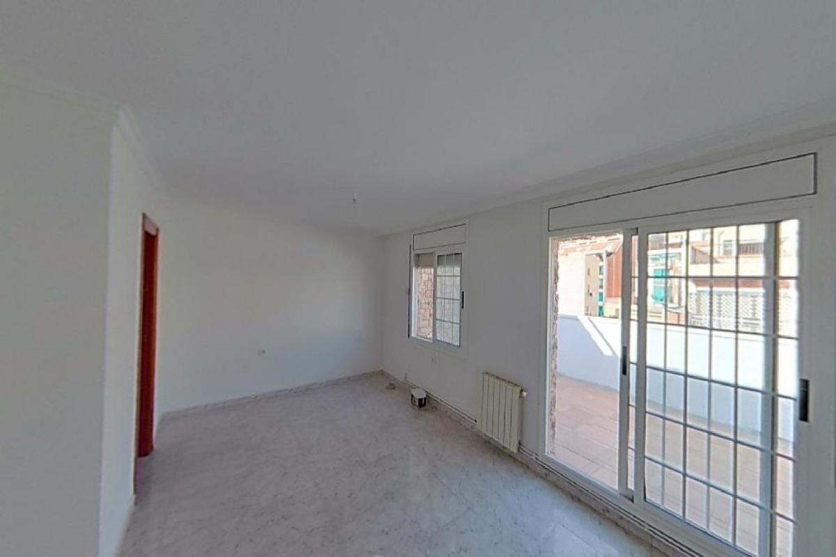 Piso en venta en Badalona, Barcelona, Calle Pau Piderre, 166.000 €, 2 habitaciones, 1 baño, 75 m2