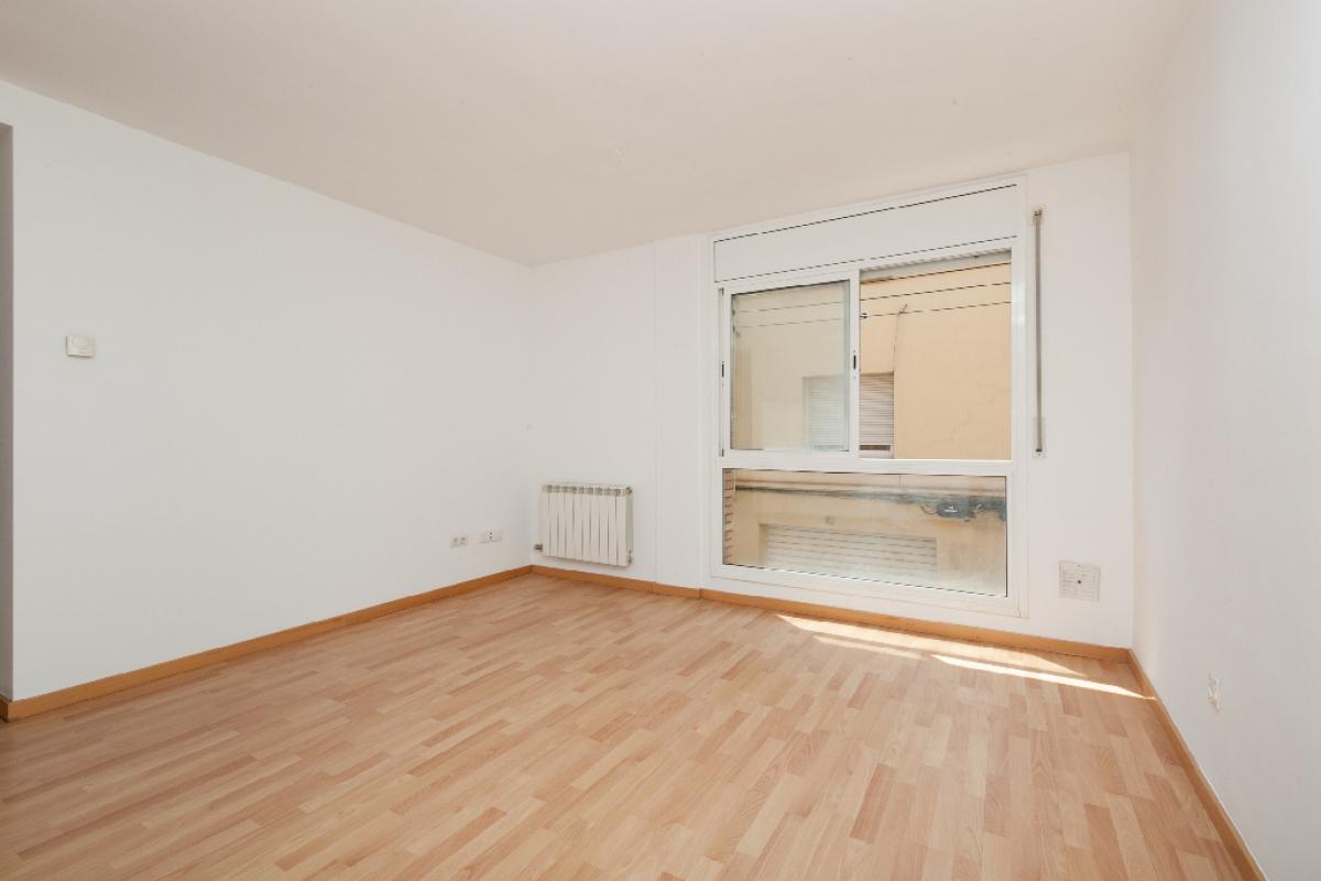 Piso en venta en Rubí, Barcelona, Calle Sant Gaieta, 173.000 €, 1 habitación, 1 baño, 54 m2