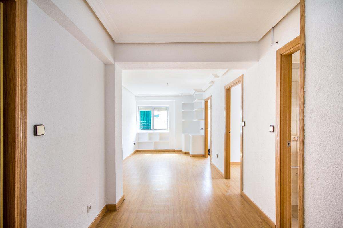 Piso en venta en Madrid, Madrid, Calle Soldado Jose Maria Rey, 132.000 €, 5 habitaciones, 1 baño, 61 m2