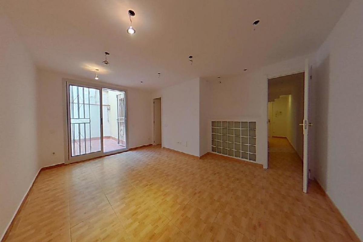 Piso en venta en Barcelona, Barcelona, Calle Turo de la Trinitat, 160.000 €, 3 habitaciones, 1 baño, 72 m2