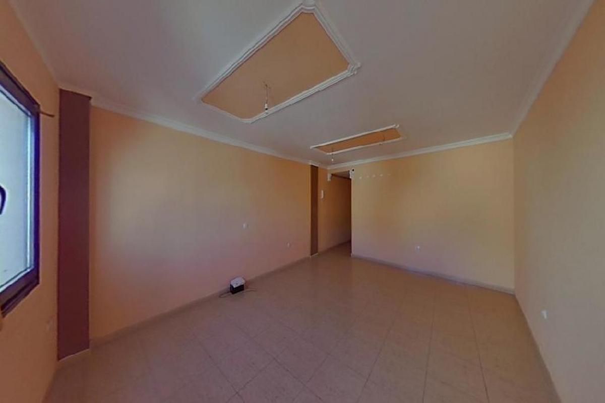 Piso en venta en La Vega, Arrecife, Las Palmas, Calle Coronel Benz, 124.000 €, 3 habitaciones, 2 baños, 113 m2