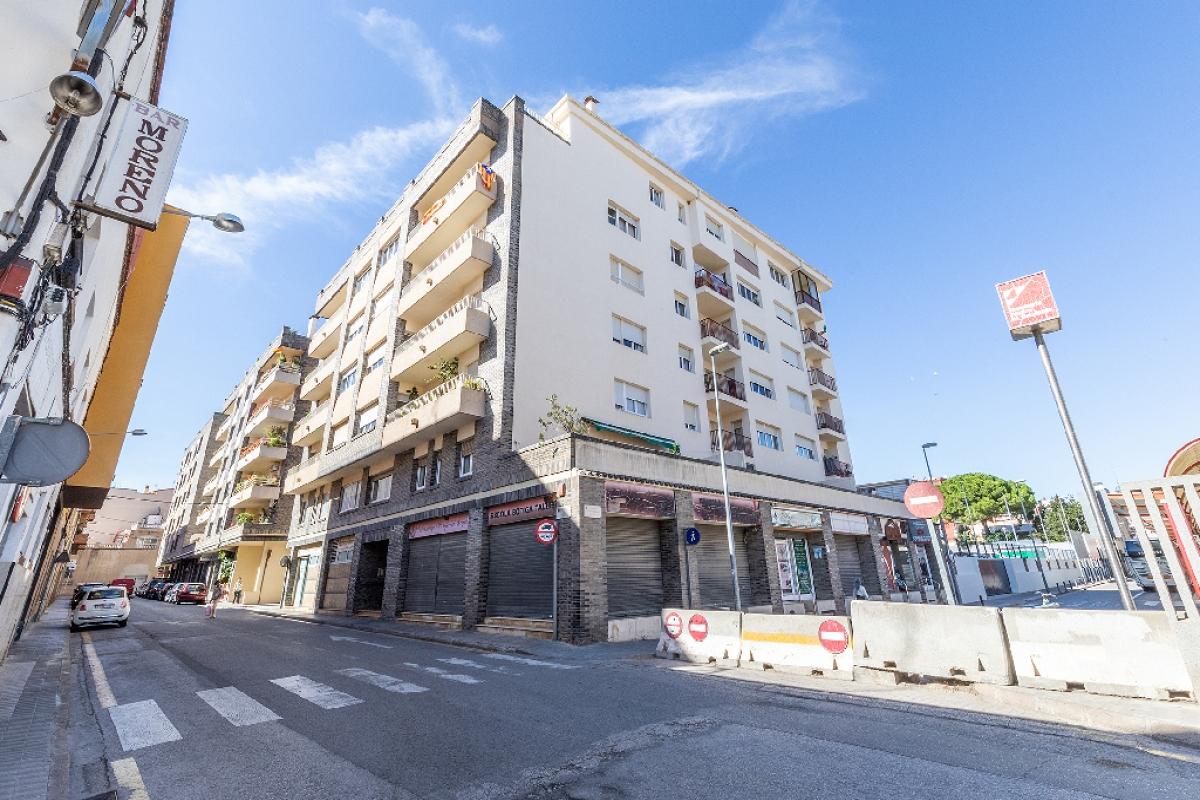 Local en venta en Figueres, Girona, Calle Sud, 34.500 €, 58 m2