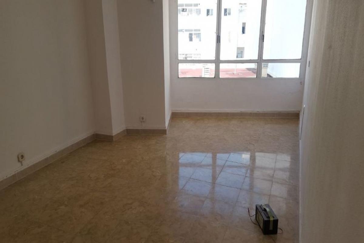 Piso en venta en Palma de Mallorca, Baleares, Calle Francesc Marti I Mora, 161.500 €, 2 habitaciones, 1 baño, 65 m2