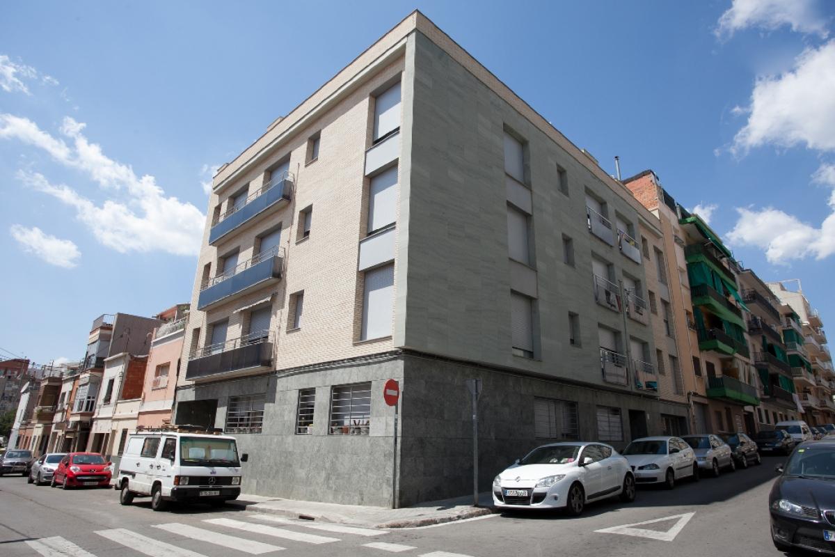 Piso en venta en Terrassa, Barcelona, Calle Tarragona, 144.000 €, 2 habitaciones, 1 baño, 54 m2