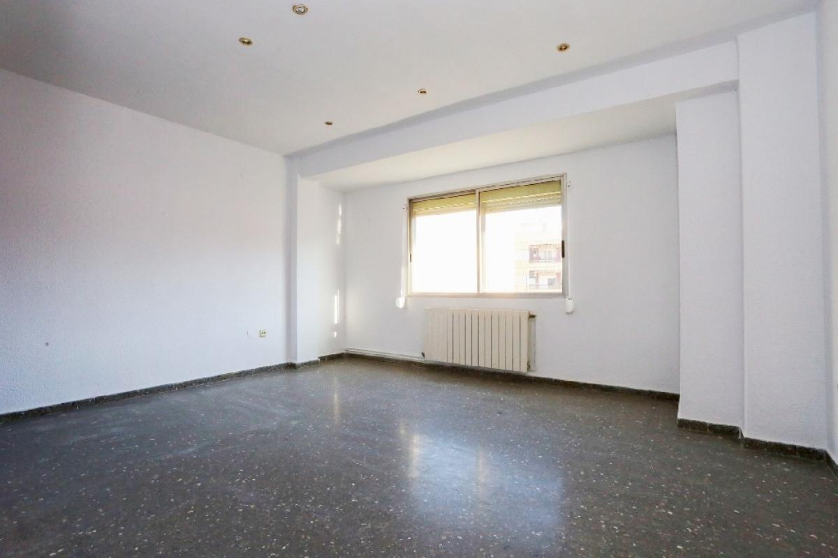 Piso en venta en Valencia, Valencia, Calle Mirasol, 163.000 €, 4 habitaciones, 2 baños, 105 m2