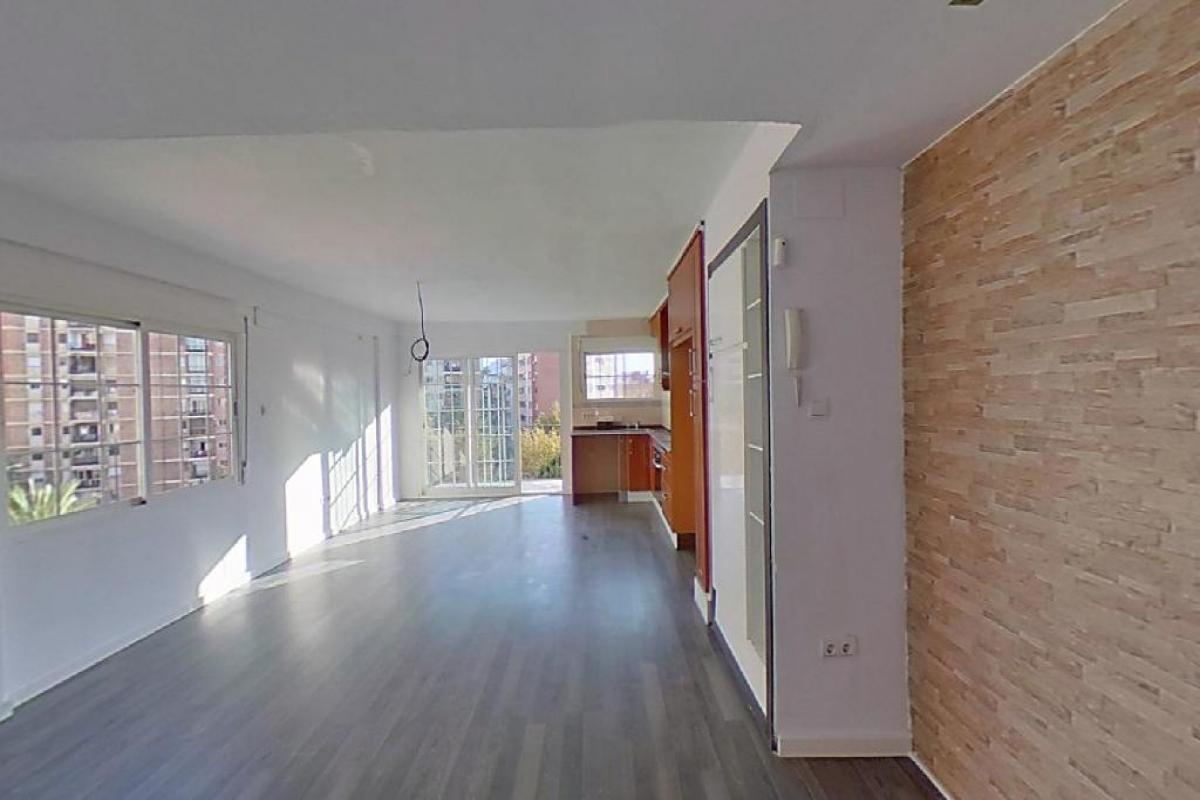 Piso en venta en Valencia, Valencia, Calle Viver, 127.000 €, 2 habitaciones, 1 baño, 72 m2