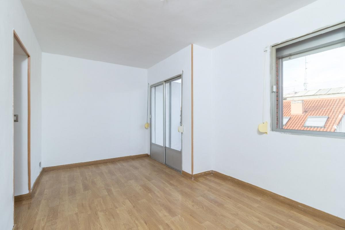 Piso en venta en Aranjuez, Madrid, Calle Olmos de Aranjuez, 67.000 €, 4 habitaciones, 1 baño, 55 m2
