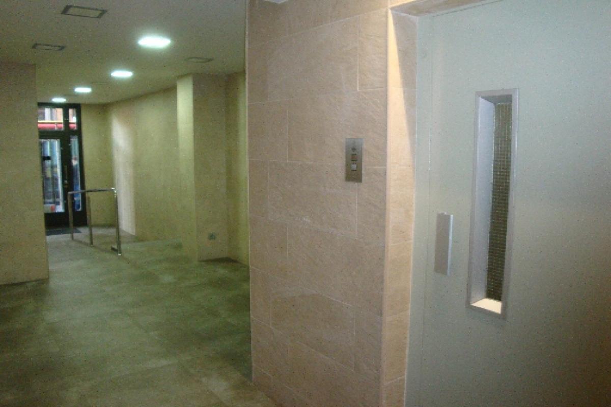 Piso en venta en Barcelona, Barcelona, Calle Doctor Pi I Molist, 262.500 €, 3 habitaciones, 1 baño, 77 m2