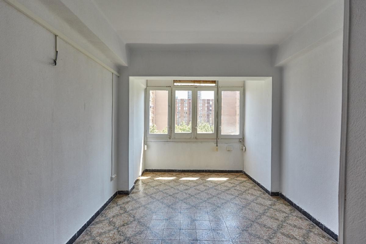 Piso en venta en Barcelona, Barcelona, Paseo Prim, 210.000 €, 3 habitaciones, 1 baño, 72 m2