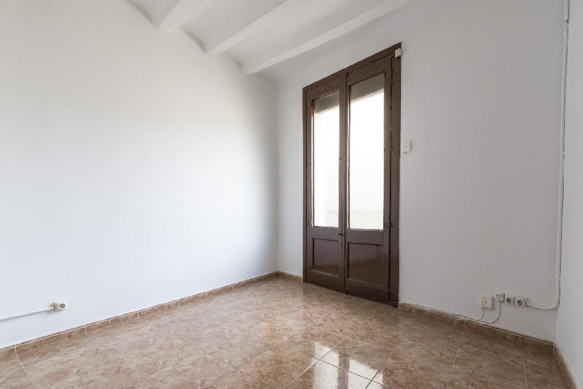 Piso en venta en Barcelona, Barcelona, Calle Sant Bertran, 199.000 €, 2 habitaciones, 1 baño, 48 m2