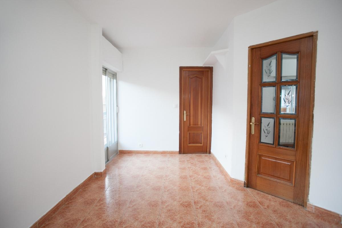 Piso en venta en Madrid, Madrid, Calle Peña Nueva, 168.000 €, 3 habitaciones, 1 baño, 78 m2