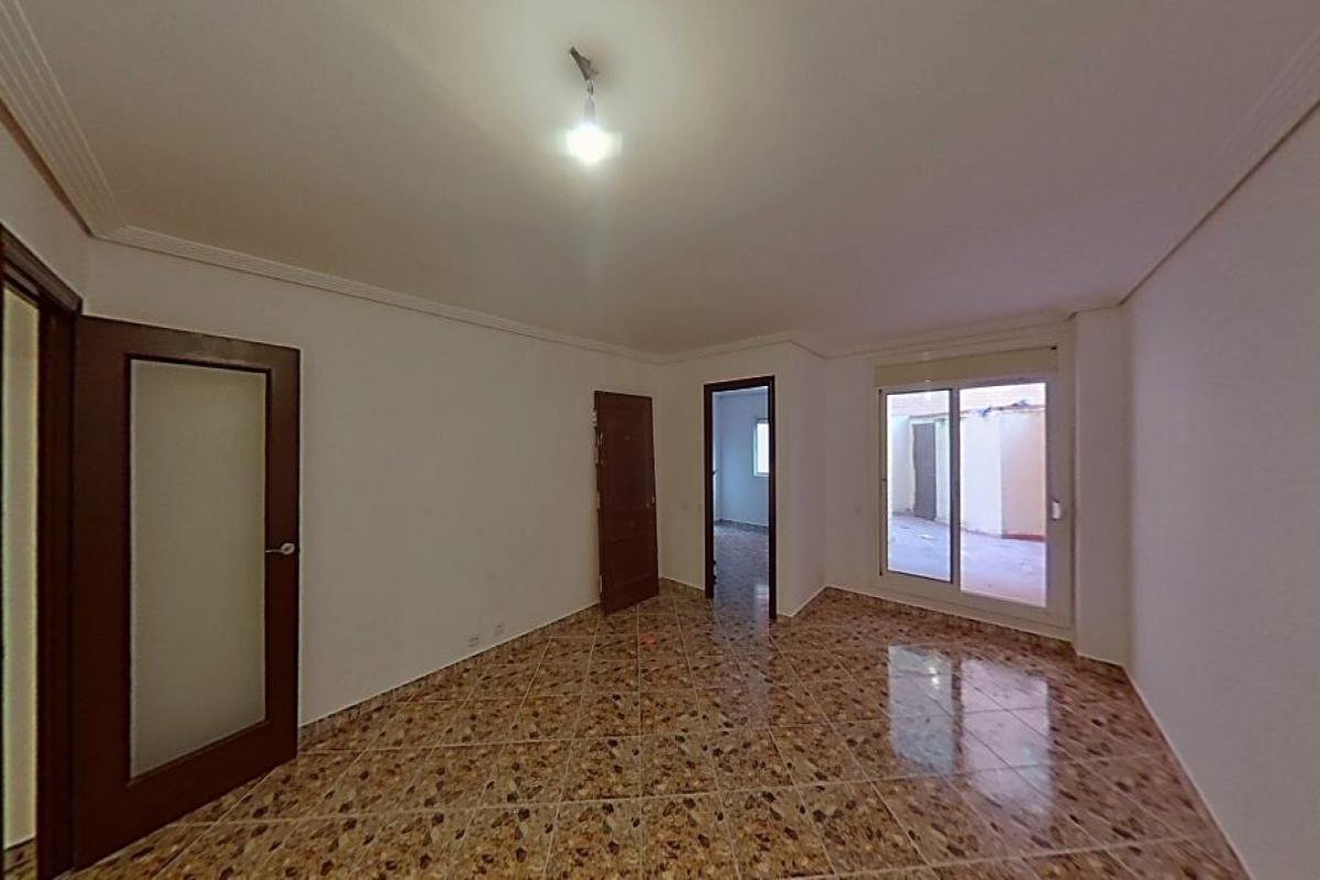 Piso en venta en Reus, Tarragona, Calle Arago, 86.000 €, 4 habitaciones, 1 baño, 88 m2