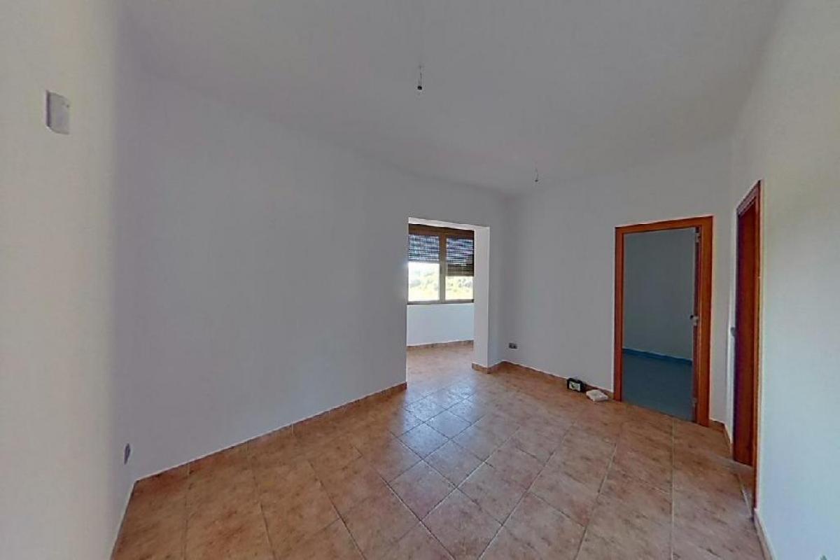 Piso en venta en Vilanova I la Geltrú, Barcelona, Avenida Cubelles, 125.000 €, 3 habitaciones, 1 baño, 70 m2