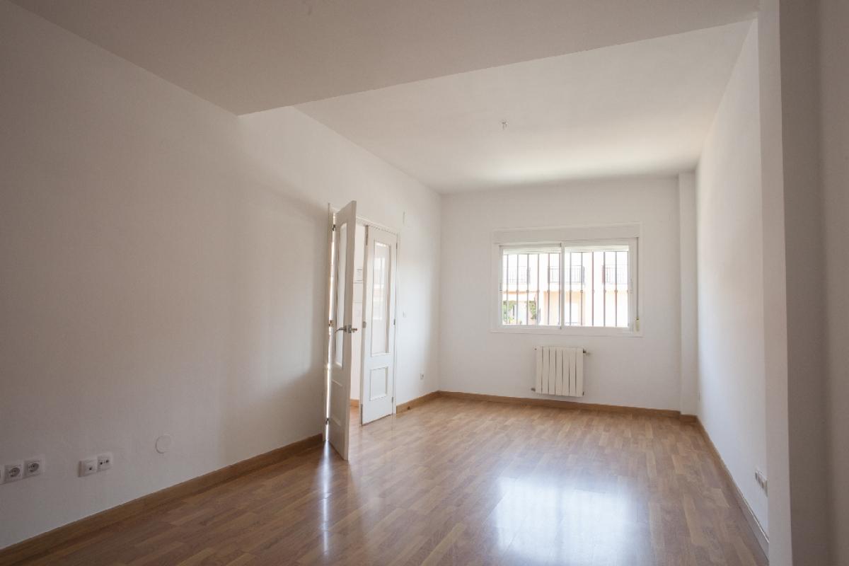 Casa en venta en Mérida, Badajoz, Calle Berlanga, 133.500 €, 4 habitaciones, 2 baños, 201 m2