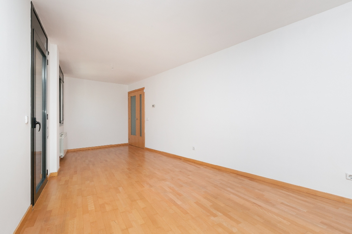 Piso en venta en Montcada I Reixac, Barcelona, Carretera Cuesta de Ripollet, 297.000 €, 3 habitaciones, 2 baños, 75 m2