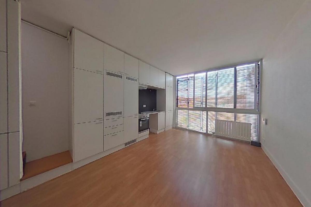 Piso en venta en Sabadell, Barcelona, Carretera Cuesta Molins de Rei, 246.500 €, 2 habitaciones, 1 baño, 97 m2