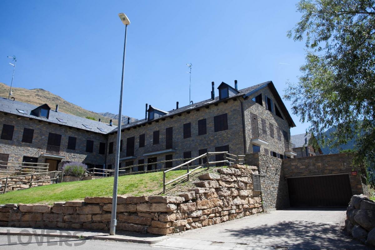 Piso en venta en La Vall de Boí, Lleida, Calle Sant Marti, 89.500 €, 1 habitación, 1 baño, 52 m2