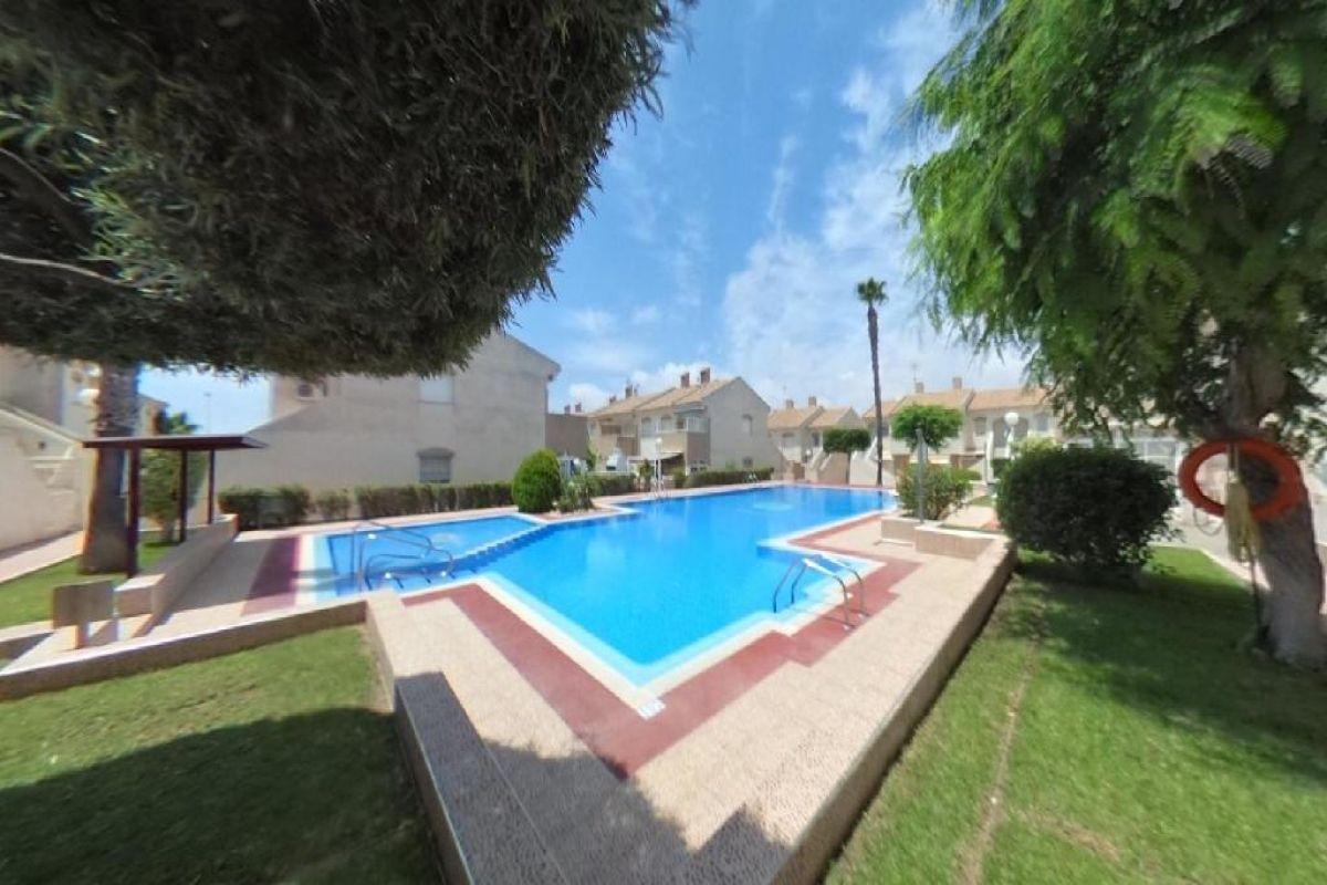 Casa en venta en La Mata, Torrevieja, Alicante, Calle Toboso, 79.500 €, 2 habitaciones, 1 baño, 48 m2