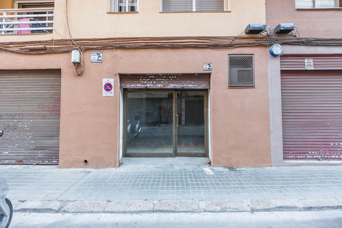 Local en venta en Badalona, Barcelona, Calle Torras I Bages, 42.500 €, 49 m2