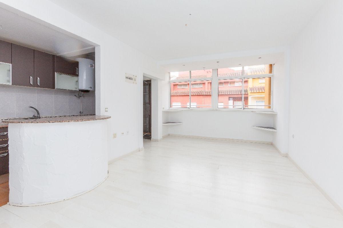Piso en venta en Torrevieja, Alicante, Calle Eliseos Playa, 80.000 €, 2 habitaciones, 1 baño, 52 m2
