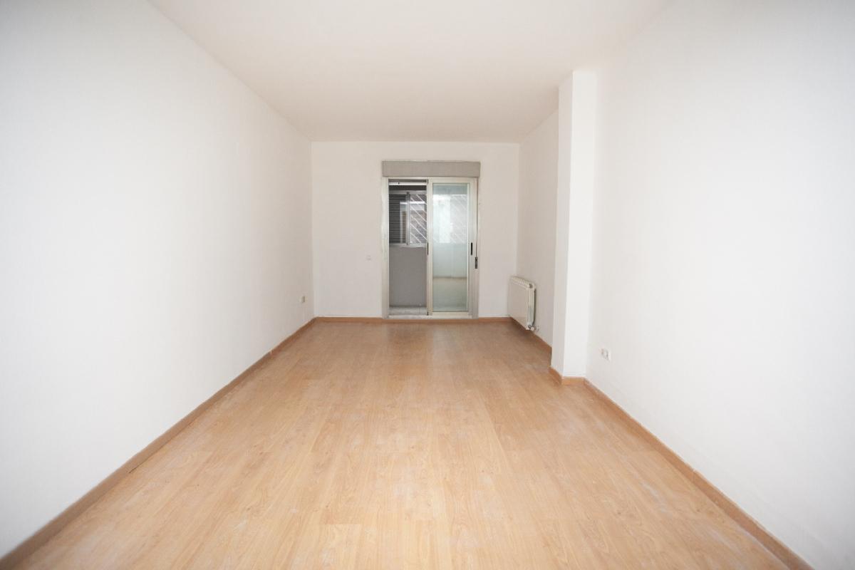 Piso en venta en Zaragoza, Zaragoza, Calle Pontevedra, 169.500 €, 3 habitaciones, 2 baños, 100 m2