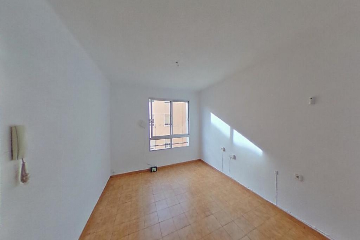 Piso en venta en Alzira, Valencia, Calle Sant Andreu, 21.000 €, 3 habitaciones, 1 baño, 69 m2