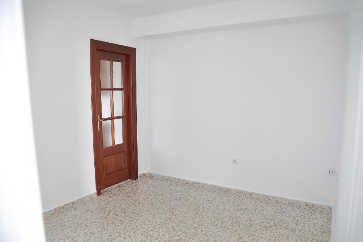 Piso en venta en San Andrés, Jaén, Jaén, Calle San Andres, 50.000 €, 3 habitaciones, 1 baño, 57 m2