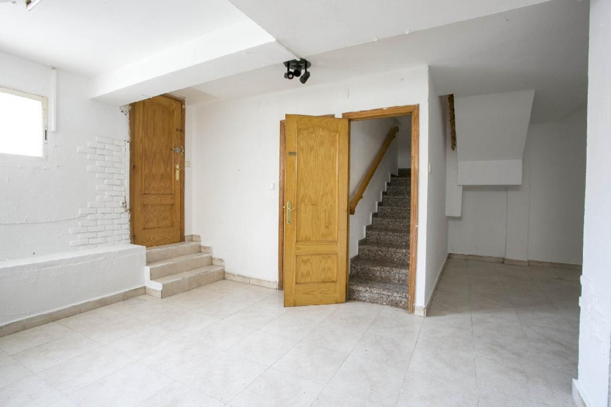 Casa en venta en Alicante/alacant, Alicante, Calle Rafael Escolano, 247.000 €, 5 habitaciones, 4 baños, 300 m2